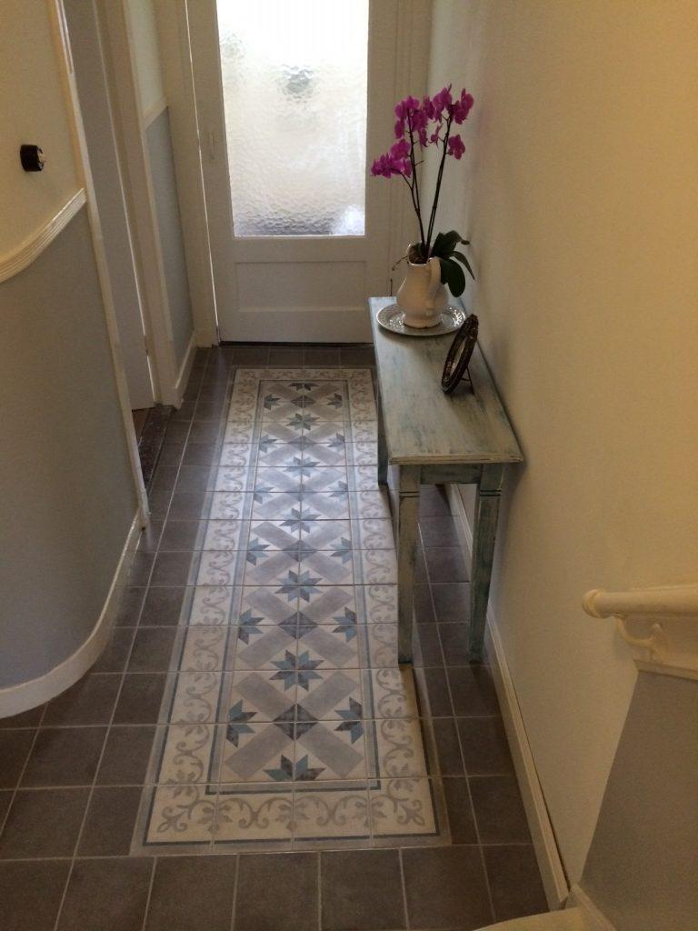 Tegels delft bakker tegels badkamers for De beukenhof antiek en interieur