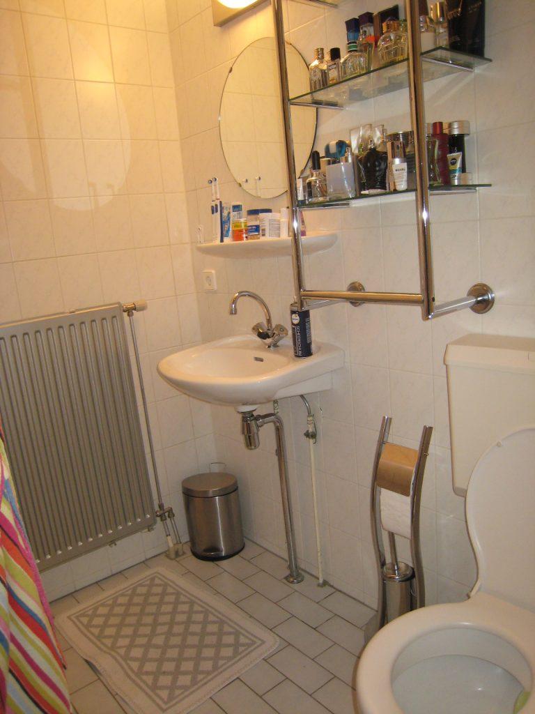 Badkamers bergschenhoek bakker tegels badkamers - Muur tegel installatie ...
