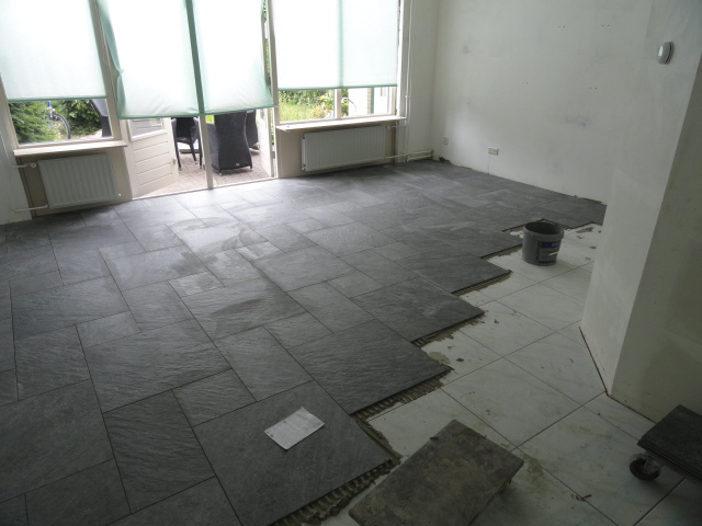 Tegels 39 s gravenzande bakker tegels badkamers - Tegelvloer badkamer ...