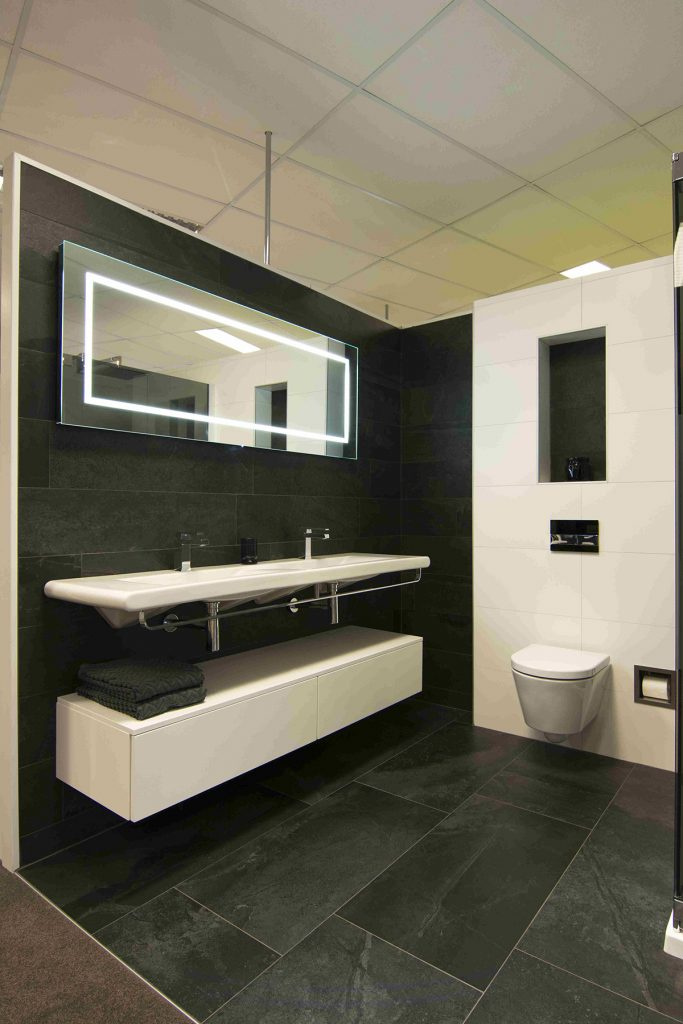 Badkamer inspiratie bakker tegels badkamers for Wandtegels badkamer