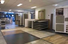 Grote Vloertegels Woonkamer : Woonkamer tegels bakker tegels badkamers