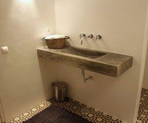 Badkamer met Portugese vloer